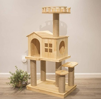 Tghy Wooden Cat Castle