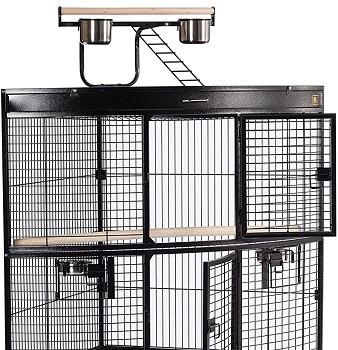 Prevue Hendryx Corner Parrot Cage